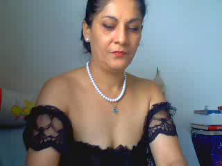 SlutWife4U - Sexcams - I`m alone and bored at home, have you any playful ideas for me? I`m horny, wet and ready to go - but nobody to play with. :) Come and help me - let me take care of you too. ;)