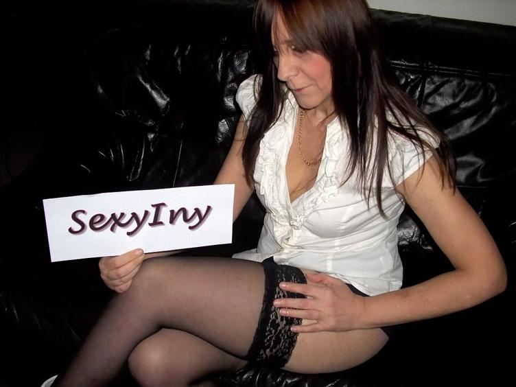 SexyIny geile Sexcam Schlampe