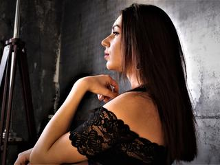 Randee - Sexcams - I`m single, and a kind, caring, tender woman.   I`m cute - and very sexual! I have dreams too - dirty ones mostly. ;) Do you have them? Then come to me, I`d love to know what they are!