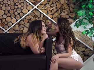 BlackLionessess - Sexcams - In our show you can see role-playing games, a sea of positive and sexy, lots of toys and much more! Come in. Are you ready for the hot show with us? Success is guaranteed. We have many toys for you. :) We love to see our partners on cam2cam. You will not forget this and want to return!